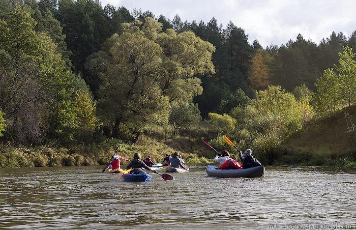 Сплавы на байдарке по живописной речке